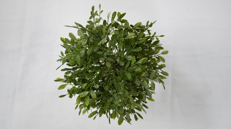 Tips for artificial plant manufacturers to place small potted plants